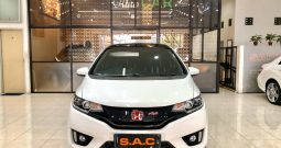 HONDA JAZZ RS 1.5 CVT 2015