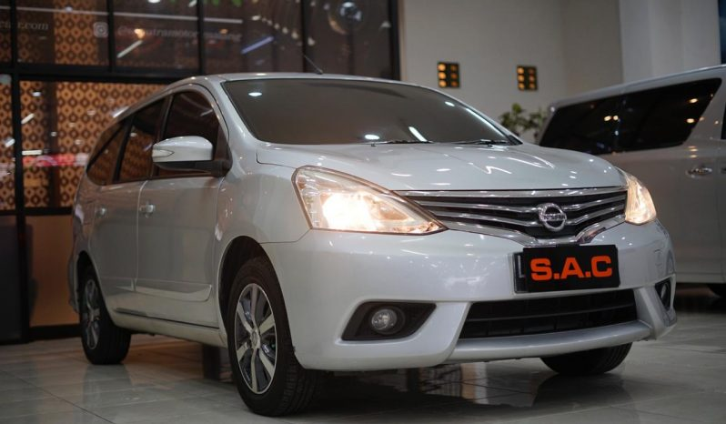Nissan Grand Livina 1.5 XV AT 2016 full